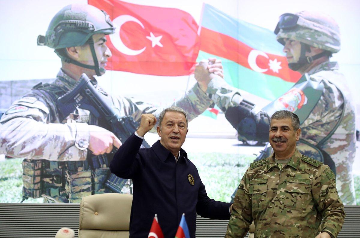 """T.C. Millî Savunma Bakanlığı on Twitter: """"Azerbaycan Savunma Bakanlığında,  Karabağ'da elde edilen zafer dolayısıyla tören düzenlendi. Millî Savunma  Bakanı Hulusi Akar ve Azerbaycan Savunma Bakanı Org. Zakir Hasanov da  Karabağ'da elde edilen"""