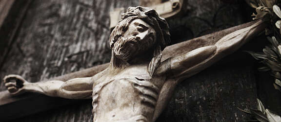 @Pontifex Let me motivate your coming days: With the crucified God, you will experience victory in the heart of loss and victory in the heart of defeat. Remember: Under the shadow of this God, You will never lose. You will never be defeated. Amen and Amen.