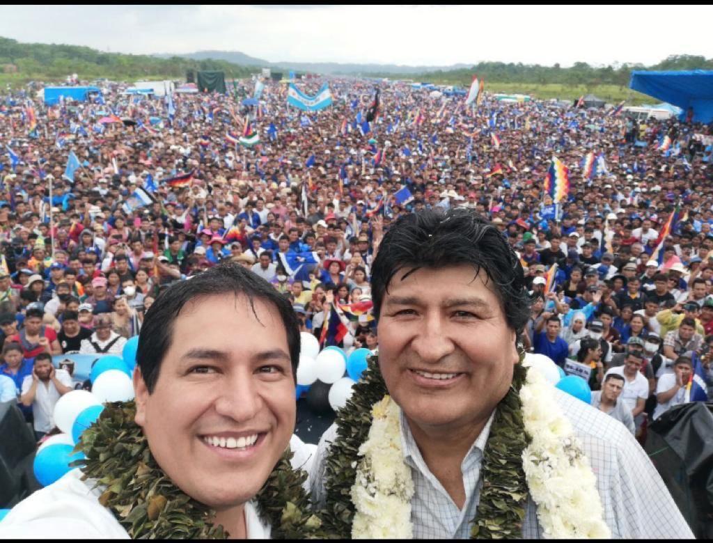 Foto para la historia. Después de una nueva y brutal pesadilla neoliberal, renace la esperanza y unidad de nuestros pueblos. https://t.co/u3vXfBwt5q