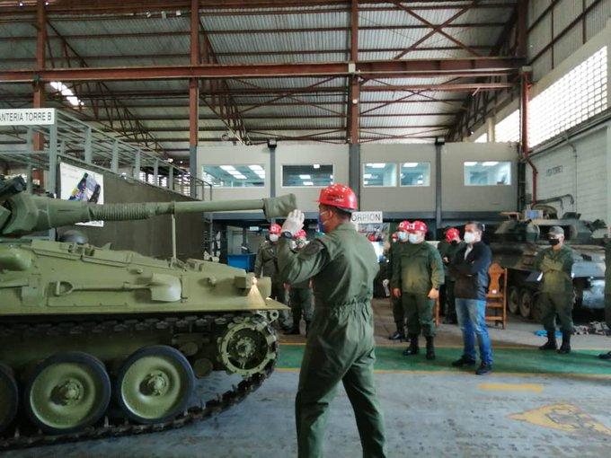 Repotenciación de los AMX-30V - Página 40 EmlS3euXEAcIQoR?format=jpg&name=small