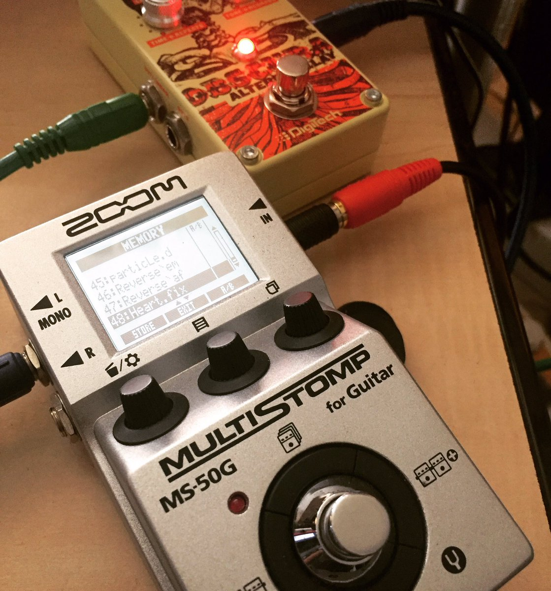 the real dynamic duo, these babies play so well together 🎸  #zoom #ms50g #obscura #digitech #sweetguitarnoize https://t.co/4LNhP5IQUr