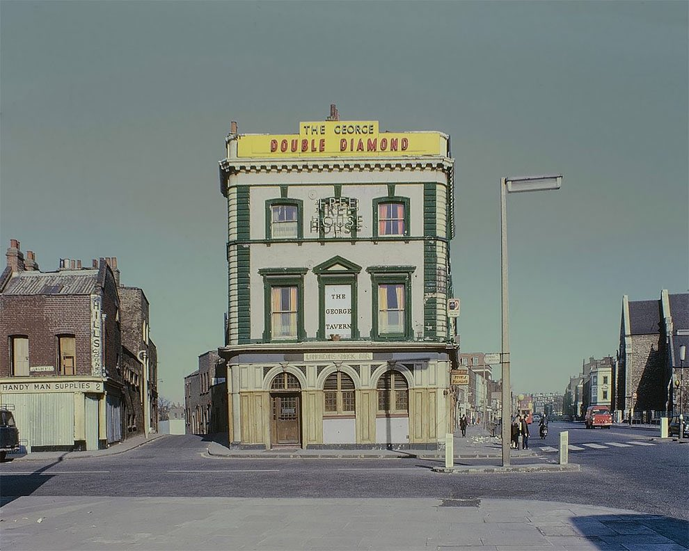Replying to @MarcDavenant: The George Tavern, Commercial Road in 1969 by David Granick