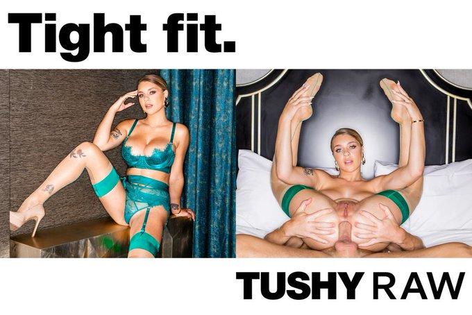 .@imawful69_ + #TushyRaw = the perfect fit! 💯🔥 https://t.co/dZI5MghrKD