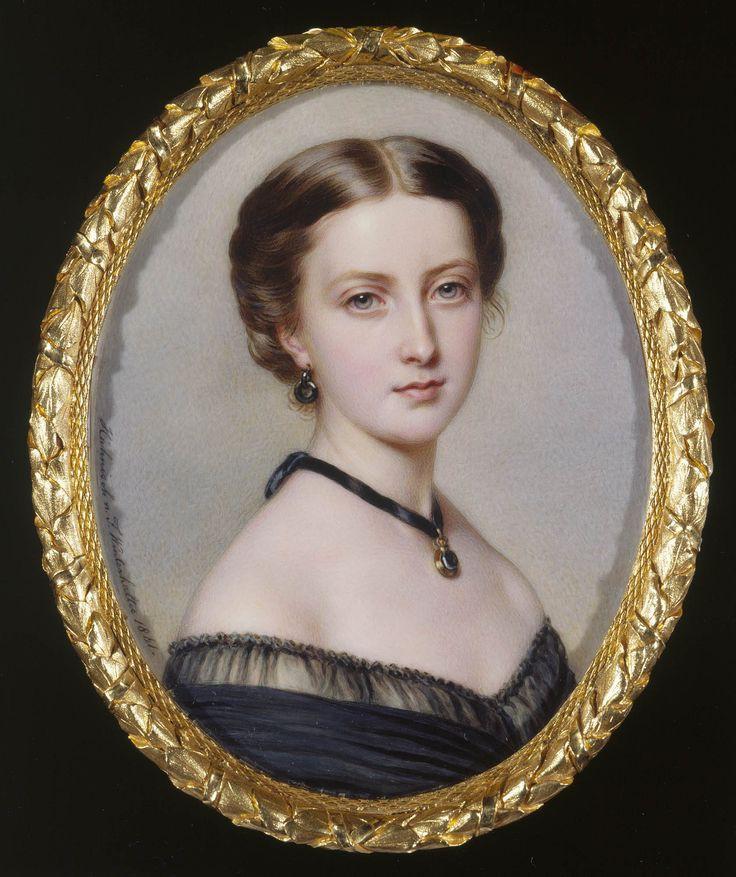 Princess Helena by Anton Hähnisch, 1861. Dimensions: 11.7 x 9.1 cm. Medium: Watercolor on ivory laid on card. #HappyOliviaHyeDay #LOONA #이달의소녀 @loonatheworld