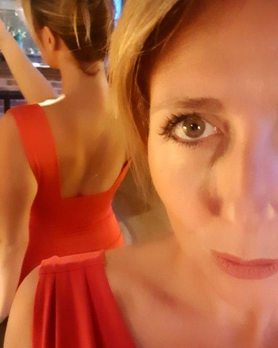 J'adore cette #robe...et vous? https://t.co/TwgmoHA0gD