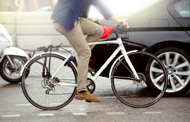¿Sabías que por la pandemia el uso regular de la bicicleta Crece significativamente un 28%, la motocicleta (23%) y el patinete (9%)?  Por una #MovilidadSostenible #bicicletaelectrica https://t.co/XPdJGYXkEx