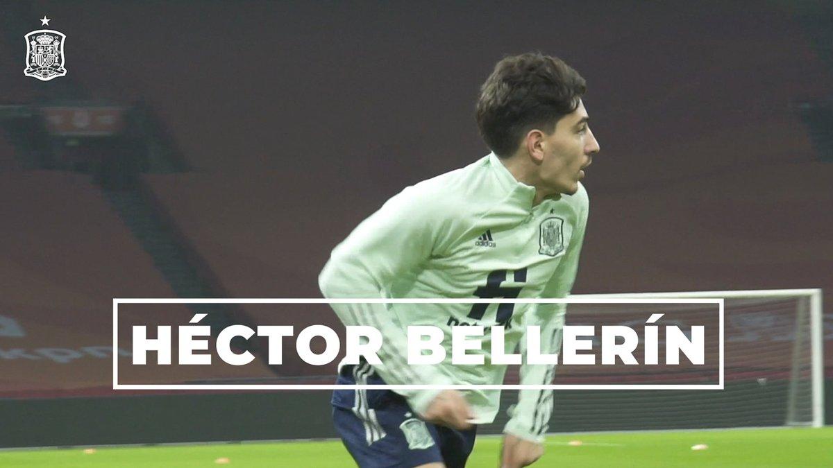 📸⚽️ Apasionado de la fotografía y con inquietudes más allá del césped, @HectorBellerin es mucho más que un gran futbolista.  📽️ Nos sumergimos en las pasiones del lateral internacional del @Arsenal en un reportaje que no te dejará indiferente.  #SomosEspaña  #SomosFederación