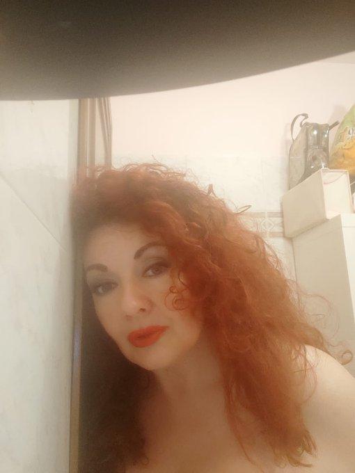 Porcelloni vi aspetto questa sera alle ore 22.30 in live webcam super piccante sul mio https://t.co/kX3VYPhsNr