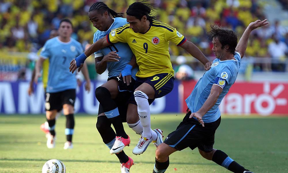 Con ganas inmensas de estar allá.   🇨🇴 ¡Vamos Colombia!  Todos como pais unidos para alcanzar el objetivo. 👊🏼