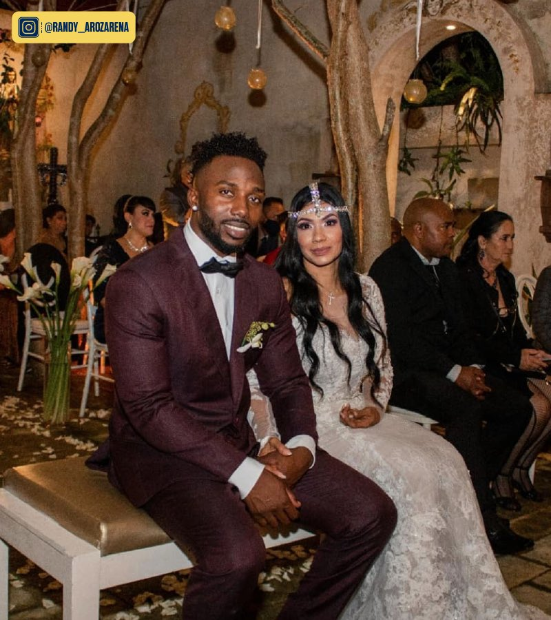 Congrats to @RandyArozarena and his wife on their marriage! https://t.co/TQDZRtmgGT