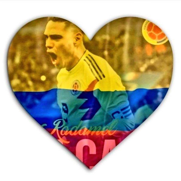 @futbolito_hd @FALCAO @riosgonzalezp Simplemente 👑Mi Rey Adorado @FALCAO 👑.                  Tu fútbol hecho clase y arte. El mejor jugador de fútbol del mundo🌍🌎🌏 El mejor jugador de fútbol en la historia de  Colombia 🇨🇴 nuestro máximo artillero, nuestro referente, el máximo goleador de la liga turca 🇹🇷⚽🙏🐅