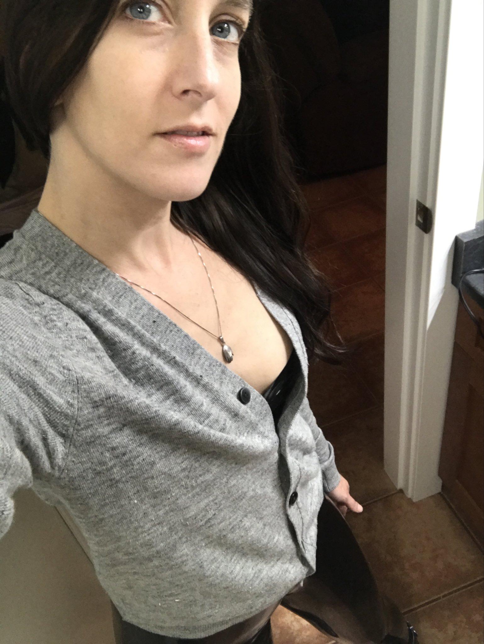 TW Pornstars - 2 pic. Elise Graves. Twitter. Happy