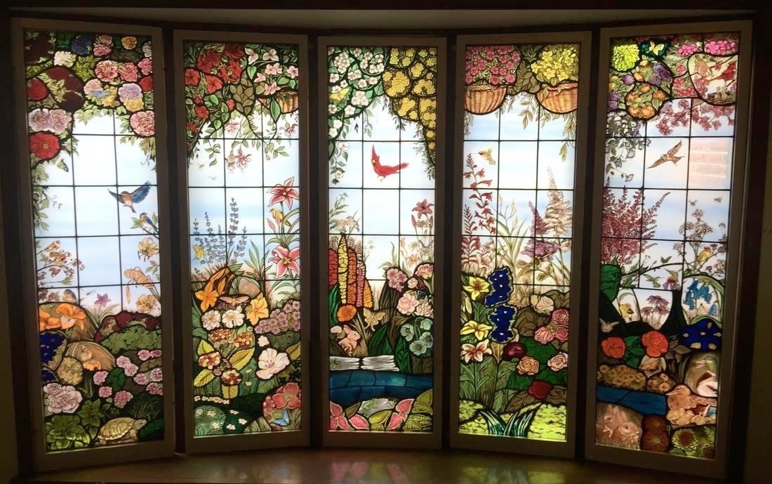 #Art Awesome of the Day: #Victorian Inspired Colorful Stained Glass Windows by Sean Michael Felix at Illumination Art & Design @IADartglass via @HousesVictorian #SamaArt