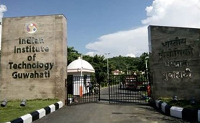 Stanford University Names World's Top 2% Scientists, 36 Are From 2 IITs ndtv.com/india-news/sta…