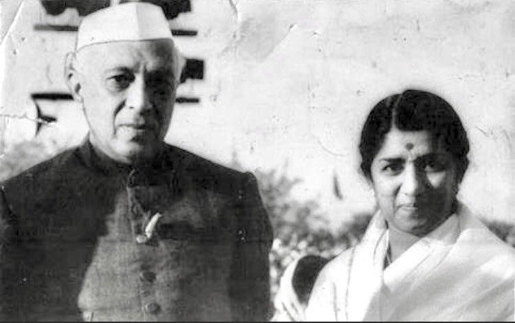 Namaskar.Bharat ke pratham Pradhan Mantri Pandit Jawaharlal Nehru ji ki aaj jayanti hai.Main unki yaad ko vinamra abhivadan karti hun.
