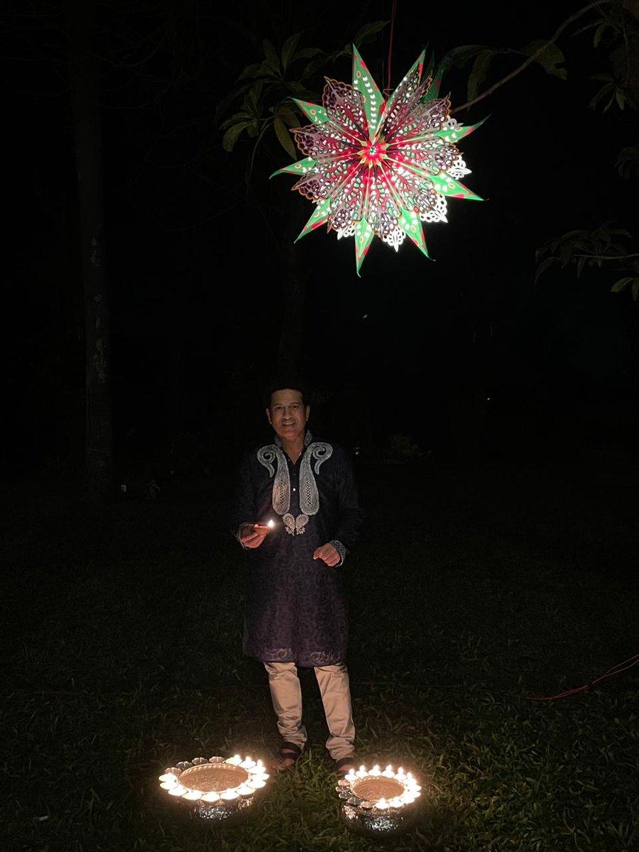 आप सभी को दीपावली की हार्दिक शुभकामनाएं। 🪔  May you be the source of joy & light in someone's life today. Happy Diwali!