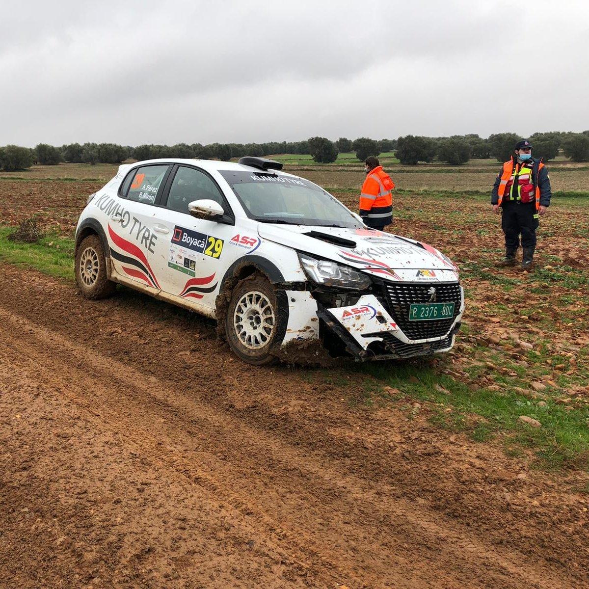 SCER + CERT: Rallye de Tierra de Madrid [13-14 Noviembre] - Página 4 EmyoebVXMAICFpQ?format=jpg&name=medium