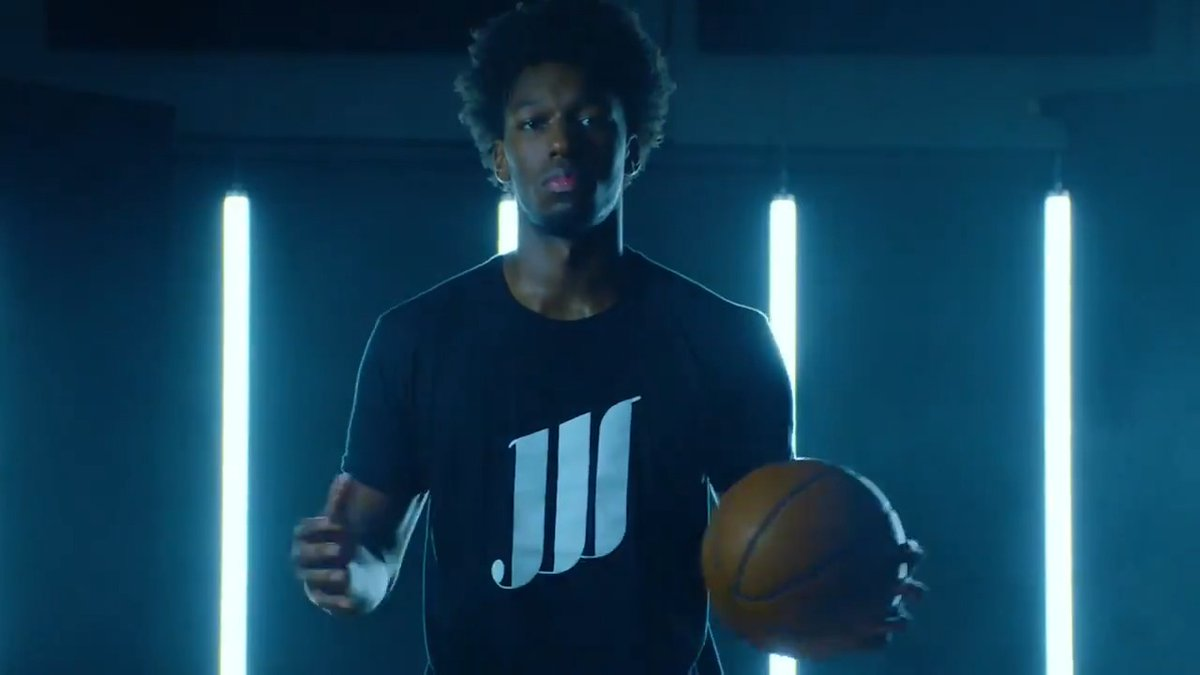 """The Future of the Assist presented by @StateFarm… """"I want my NBA Legacy to inspire a lot of athletes and I want to just set a great foundation and I want to just give my love back to the game."""" – James Wiseman https://t.co/dtVCLJAgdg"""