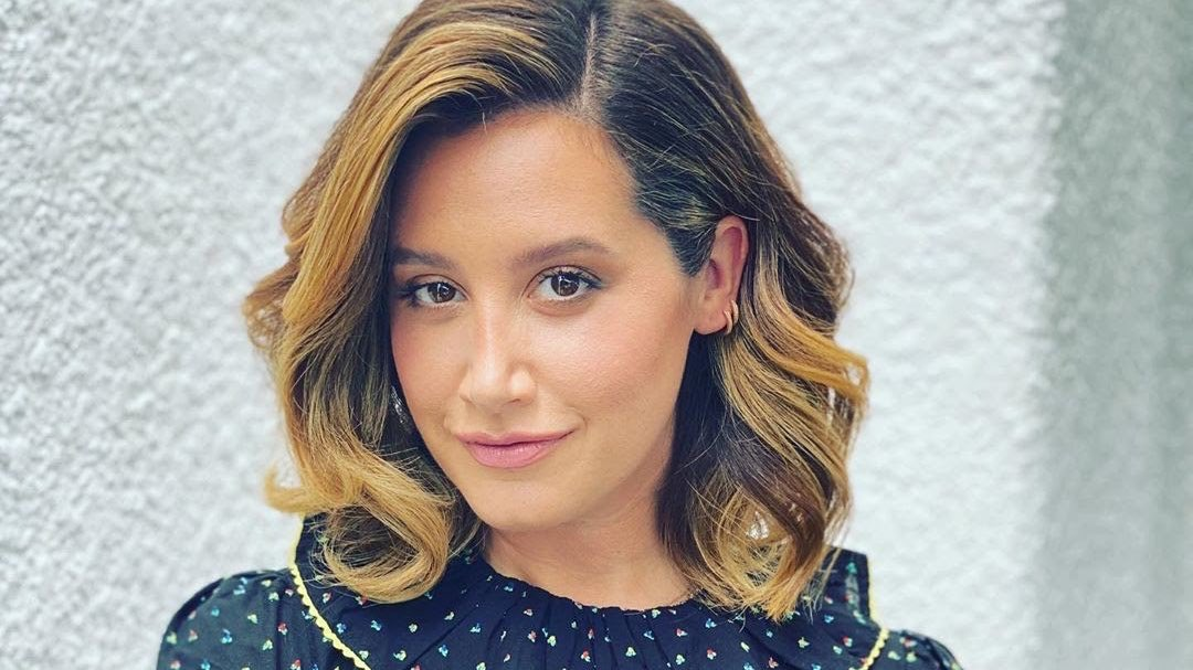 Idk about you but I am SO ready for @ashleytisdale to be back on my TV screen.  cc: @MaskedDancerFOX