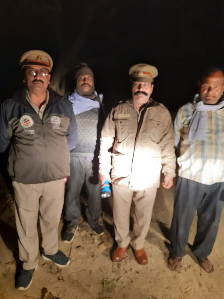 While the nation indulges in celebrating Deepawali,.it is just another usual night for the staff of Sohelwa and Sohagibarwa Wildlife Sanctuaries in Balrampur and Maharajganj in U.P., India, patrolling the forests.  Happy Diwali to you all!! https://t.co/KYcE0GcrEj
