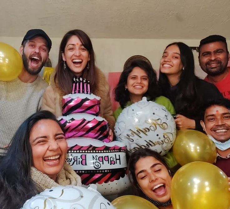 What cute celebrations! 🎉🎊 HAPPY BIRTHDAY @yamigautam 🎂🎁 May you celebrate more more and many more birthdays! ❤️❣️ May God Bless You! My Queen👑 #YamiGautam  👍👏 Have lots and lots of fun! 🙏😘 #HappyBirthdayYamiGautam
