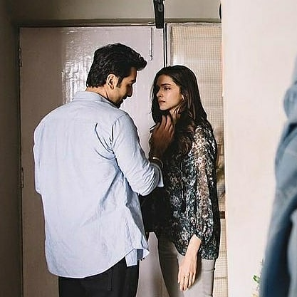 An unseen picture of @deepikapadukone and #ranbirkapoor from sets of Tamasha 💖💖💖 #bollywood #bollywoodactor #bollywoodceleb #bollywoodnews #Throwback #DeepikaPadukone #beautiful #behindthescenes #bts