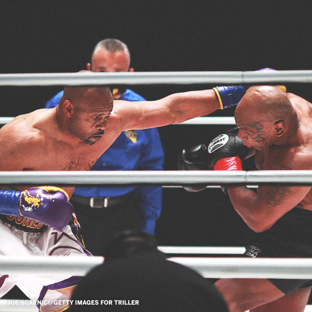 Replying to @espn: Mike Tyson and Roy Jones Jr. put on a show in their exhibition match 🥊 @ESPNRingside