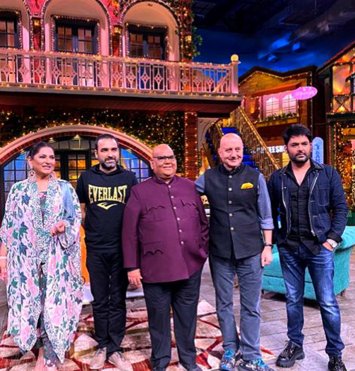 "Myself, Pankaj Tripathi & Anupam Kher promotes Anupam Kher's book "" Your Best Day is Today "" & Salman Khan Films presented film ""#Kaagaz"" produced by The Satish Kaushik Entertainment  on the most popular #TheKapilSharmaShow tonight at 9:30 PM"