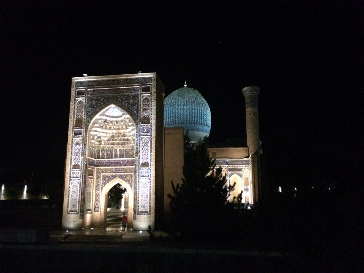 Today's theme for #MuseumsUnlocked is #night. Some places are so special after dark. Here is the beautifully lit mausoleum of Timur (aka Tamerlane), the Gūr-i Amīr, in #Samarkand, #Uzbekistan, built 1404 and since restored.