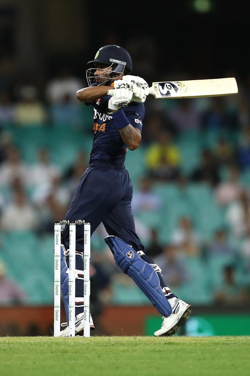 9️⃣0️⃣ runs 7️⃣6️⃣ balls 7️⃣ boundaries 4️⃣ sixes  Well played Hardik Pandya 💥👌🏻 #TeamIndia #AUSvIND   Scorecard: