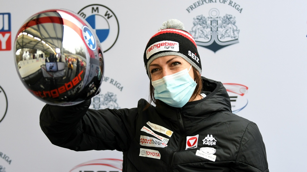 #BMWIBSF World Cup #Skeleton #Sig20_2 in #Sigulda: Janine Flock🇦🇹 undefeated at WC in Sigulda! · Elena Nikitina🇷🇺 2nd, @kimberleyb0s🇳🇱 and World Champion Tina Hermann🇩🇪 tie for 3rd · best WC result for @Pitterbread1🇬🇧 in 8th 👇🏿 https://t.co/AtqpzkRn14  📷 https://t.co/TgUdfdf3Ew https://t.co/9iuG45GOTZ