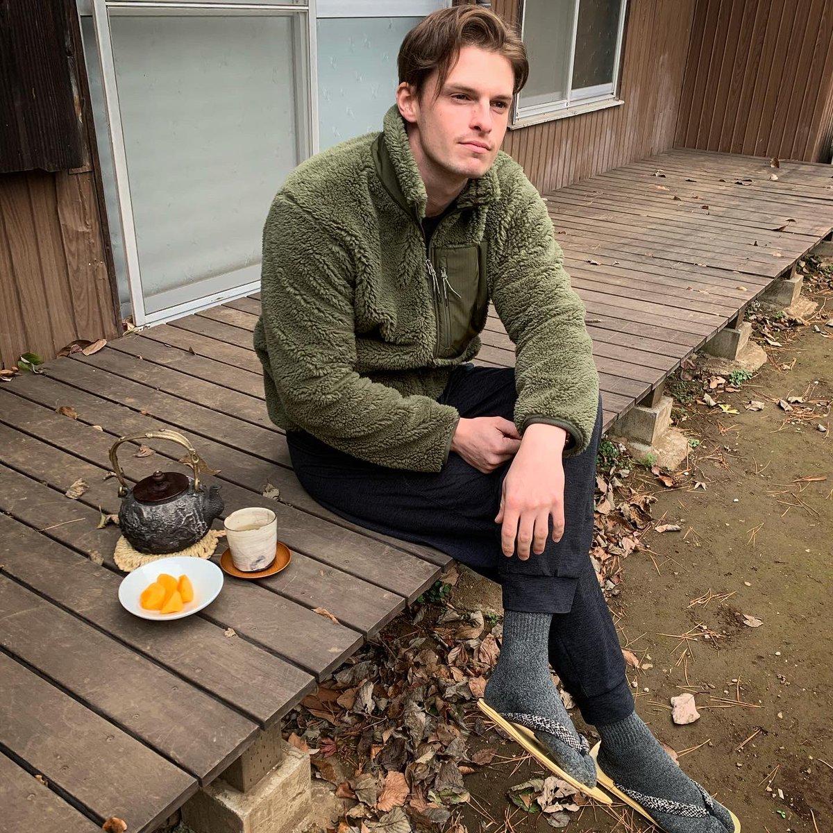 気に入りの鉄瓶でお茶を入れて秋を感じる。秋もう終わったかな?🍂