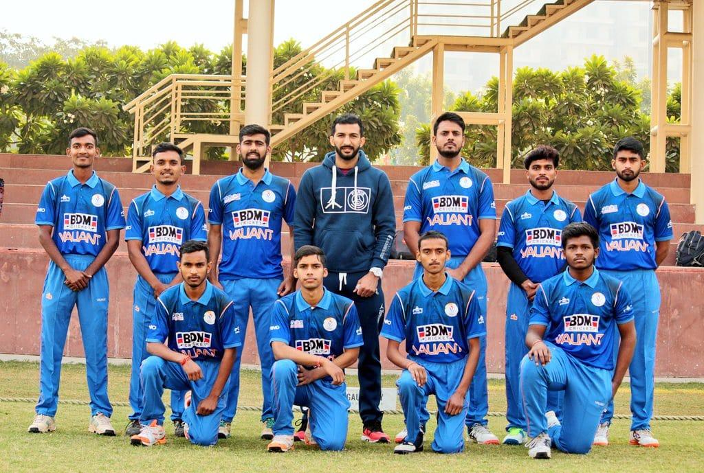 BDM Valiant Club Championship 2020, @ValiantCricket with @rishid100 bhaiya (Indian Cricketer)  . . #RichiShukla #ValiantCricketTeam #captian #RishiDhawan #BDM #valiantclubchampionship #IndianCricketer #Cricket #Team #Noida #valiantcricketer #Ground #Match #valiantworldwide
