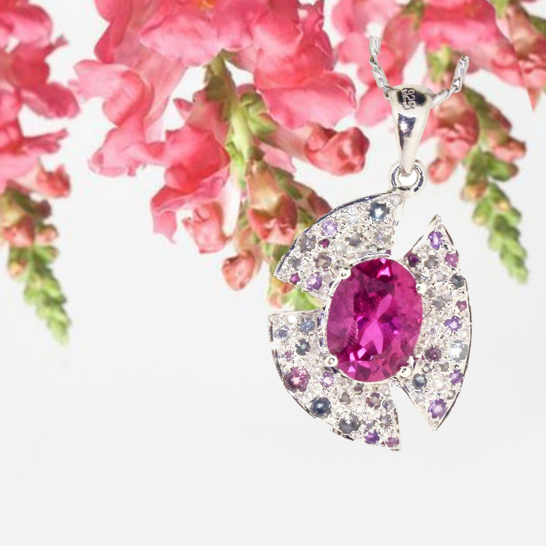 Every Flower is a soul blossoming in Nature. This lovely pendant is inspired by the shape of a flower with the hot pink gem in the centre.  Faith Multi Pink Pendant 2019-04 Make your appointment now! #pink #帕拉伊巴 #paraibatourmaline #tourmaline #tourmalinejewelry #indicolit ...