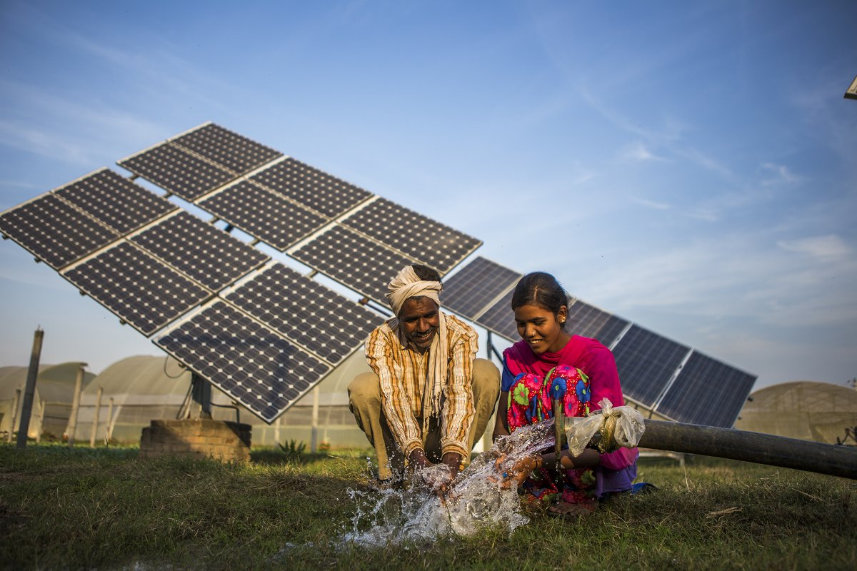The impacts of the #COVID19 crisis are felt hardest by the world's most vulnerable people. This blog, developed by @EforA_Coalition, explores how #solar agricultural technologies can help avert a food catastrophe and mitigate mass hunger. Read it here: