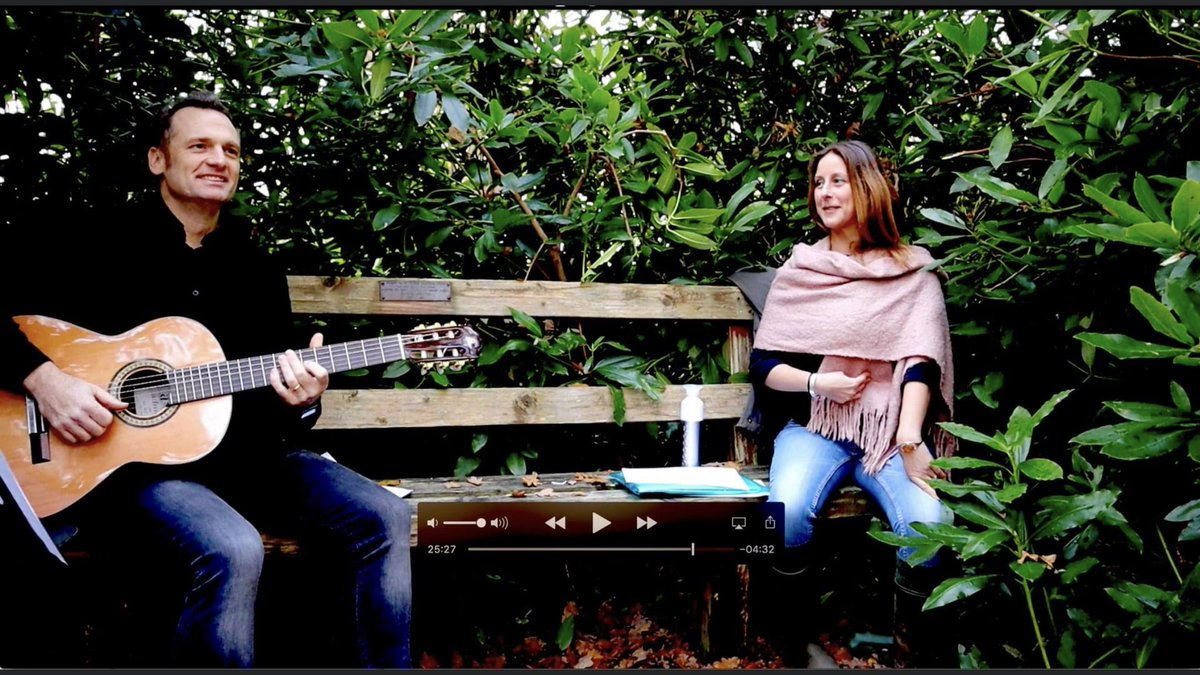 """test Twitter Media - @teddington_town Book your singing and guitar lessons this #BlackFriday 50% OFF. #Teddington #singing #guitar #lessons """"Dan is the most knowledgeable, personable and effective tutor in the area"""" https://t.co/NQX2PUGbu9 https://t.co/ZLY0yZvvdY"""