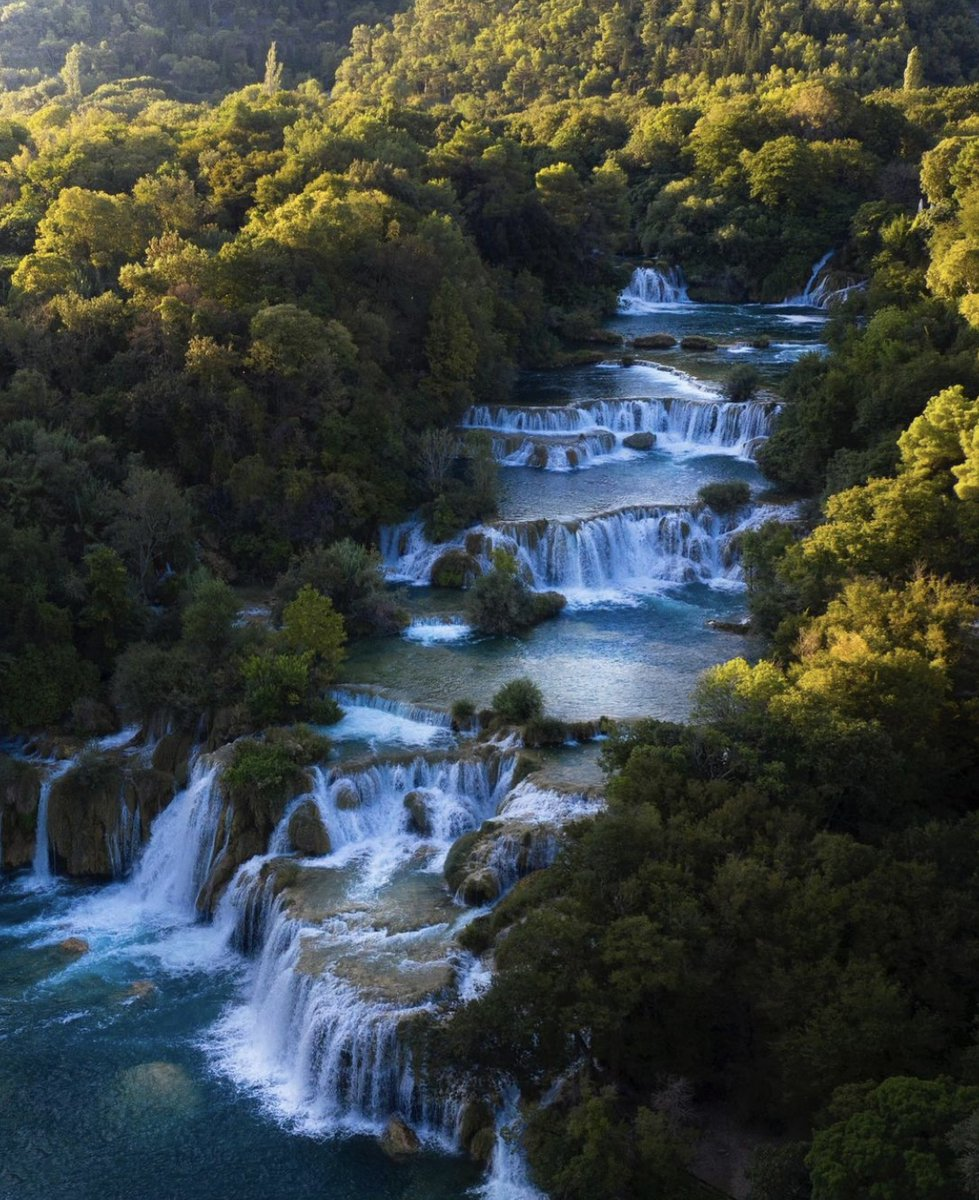 The beautiful Krka Waterfalls in Croatia 🇭🇷 Have you ever been? Photo by @expeditionearth.live https://t.co/tyLuUMsqH2