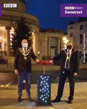 Christmas lights being switched on in Bristol - a very 2020 display ! 😂https://t.co/4dzG0Txd5d -