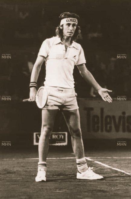 #tennis  Hans Gildemeister quien jugo por el equipo chileno de Copa Davis de 1978 - 1989 - 1991 https://t.co/trpOJQbxMO