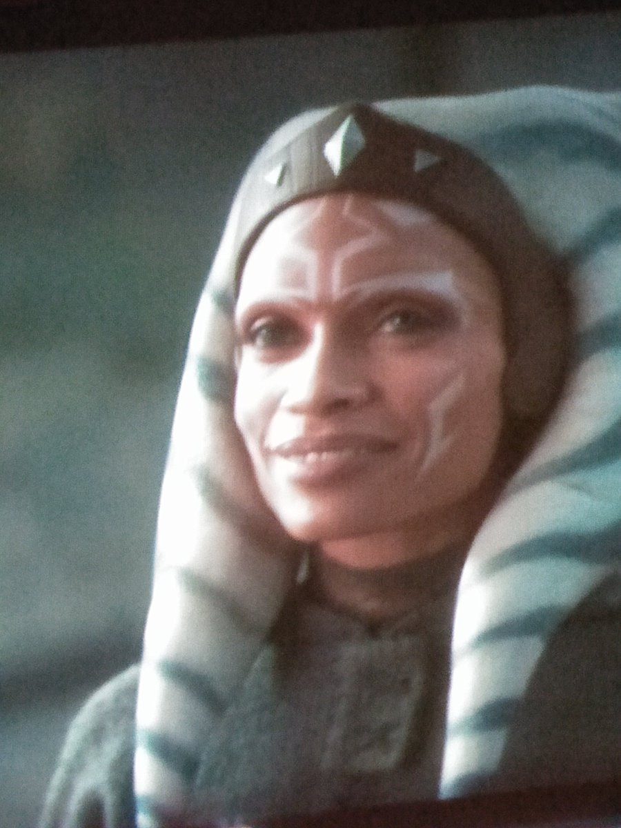 @PattyJenks Would you be interested on  directing a live action movie out of #AhsokaTano  @rosariodawson  did  such an amazing job in the #TheMandalorian