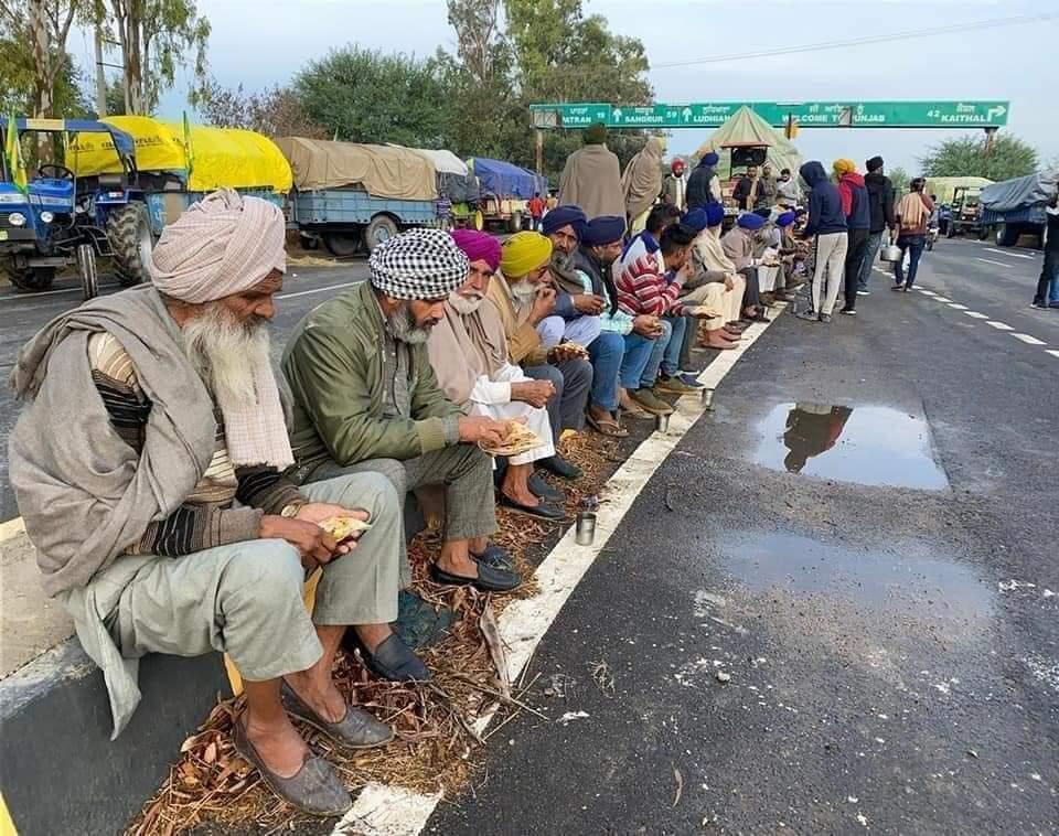 नानक नाम चढ़दी कला तेरे भाणे सरबत दा भला ❤️🙏 किसानों के पास IT Cell नही है , उनके लिए आवाज उठाना हम सबकी जिम्मेदारी है !! 🌾🌾जय किसान🌾🌾  #किसान_आंदोलन #FarmersProtest
