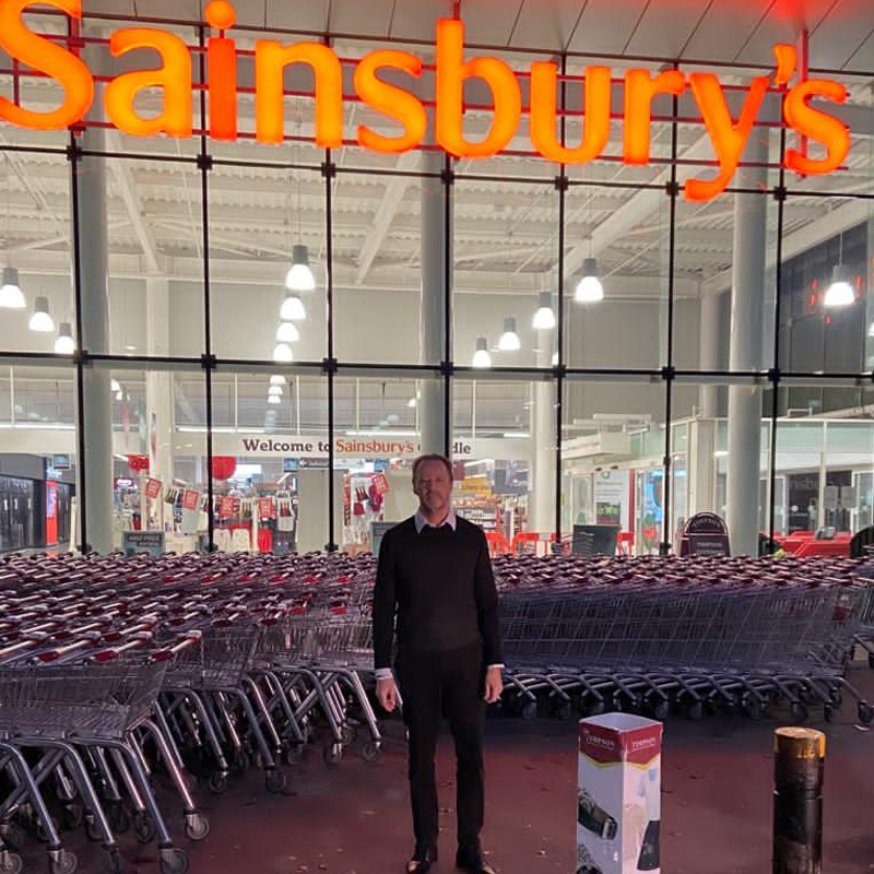 Racism has no place in society. Trolls called for a boycott of @sainsburys because their ad features black actors. @coopuk is all about tackling injustices and standing up for what's right. So today I'm standing with Sainsburys and all organisations that #StandAgainstRacism https://t.co/Zoa8Jhle6E