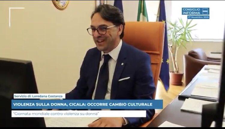 VIOLENZA SULLA DONNA, @Carmine_Cicala: OCCORRE CAM...