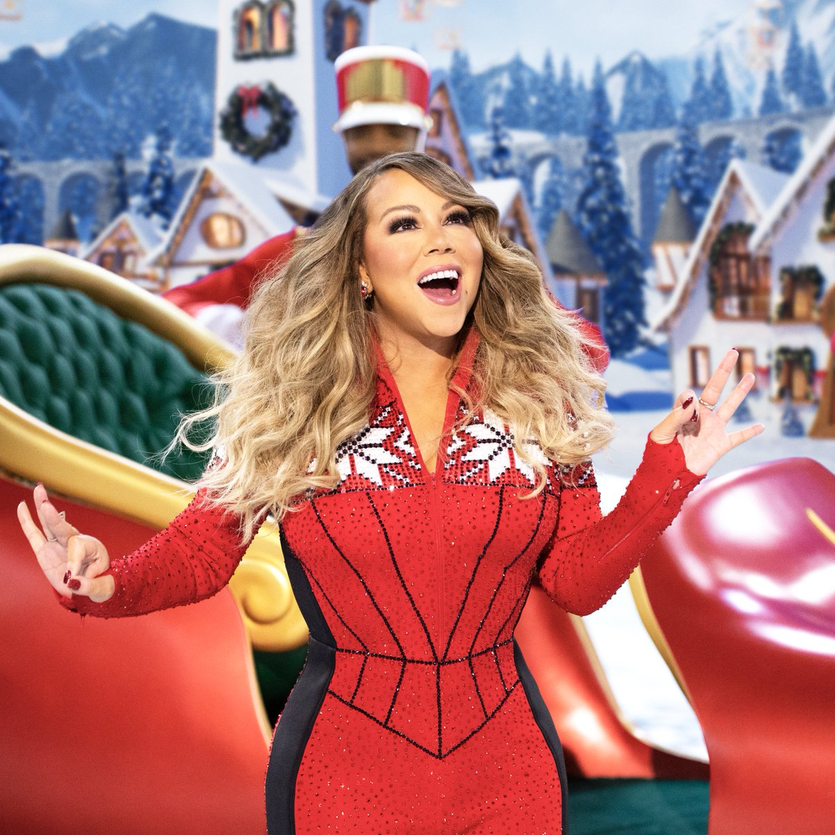 One week to go!! 🎅🏽🎁💝 #MariahsMagicalChristmas 🎄🎄🎄 12/4 on @AppleTV