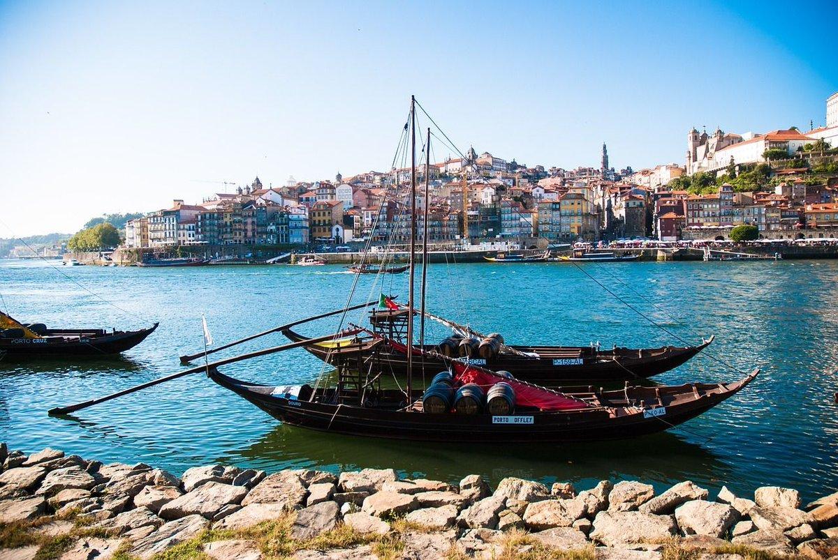 Oporto, uno de los destinos turísticos más valorados d https://t.co/vTYwbO62H5 #hotelesenoporto #oporto #portugal https://t.co/nzhcEXISwM