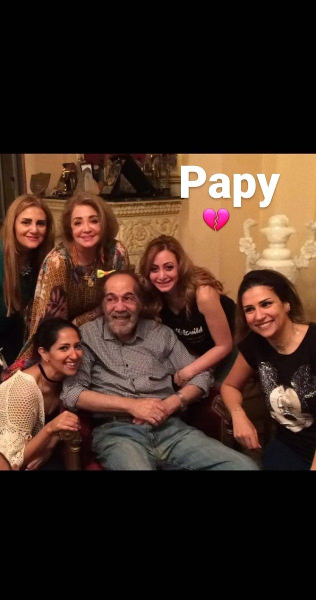 آخر ظهور للنجم الكبير محمود ياسين وسط عائلته قبل رحيله