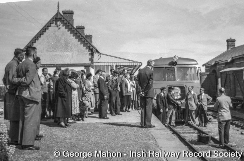 En1a9ZZXEAEm6OH?format=jpg&name=900x900 - The West Clare's modernisation era