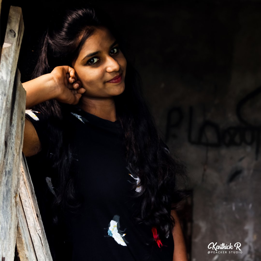 Beauty is not in the face, beauty is a light in the heart Photographer @thisiskarthickr  #peackerstudio #photo #image #snap #photoshoot #photographer #photographie #photooftoday #nofilter #village #outdoor #style #friday #week #weekendmood #daylight #dslrphotography #dslr #black https://t.co/d8Rqyp6BaG