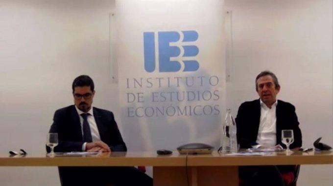 "📰👀Si no pudiste asistir a la  del Informe: ""Los  a la ,  e  (I+D+i) en "" con Víctor C...."