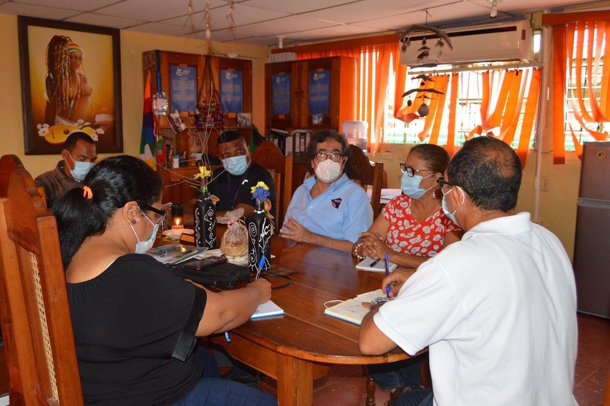 🌳 Autoridades de URACCAN recinto Bilwi se reúnen con representantes de INGES  #UniversidadComunitariaIntercultural Ver más en⬇ #Nicaragua #costacaribe #Bilwi #HuracanEta #Huracanlota #yosoyuraccan